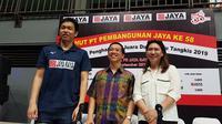 Ganda putra Indonesia, Hendra Setiawan, mengaku akan berusaha untuk bisa mewujudkan keinginannya tampil di Olimpiade 2022. (Bola.com/Zulfirdaus Harahap)