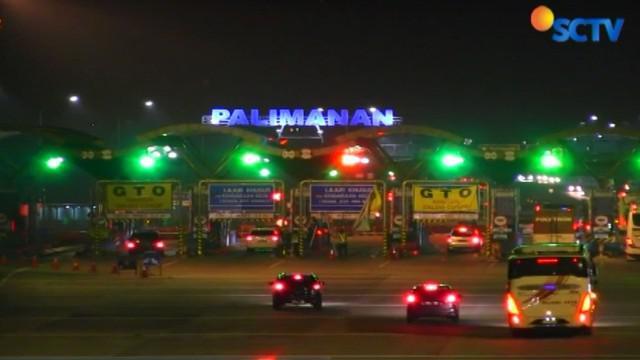 Ribuan kendaraan dari arah Jakarta menuju Jawa Tengah juga terpantau ramai di ruas Tol Cipali.