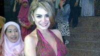 Nikita Mirzani bikin heboh di pesta pernikahan Nuri Maulida