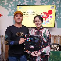 Menikmati karya seni seniman muda Tanah Air dengan mengunjungi Art Village di We The Fest 2019.  | IM3 Ooredoo