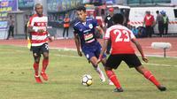Hari Nur Yulianto, striker PSIS Semarang. (Bola.com/Ronald Seger)