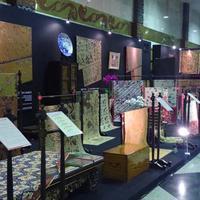 Sesuai katanya, artinya adalah pameran  kain-kain yang elok dari seluruh nusantara. Jadi Indonesia tidak hanya mempunyai kain batik