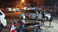 Gempa bumi susulan 4,4 M kembali mengguncang Kabupaten Majene dan Mamuju, Sulawesi Barat. (Foto: Liputan6.com/Abdul Rajab Umar)
