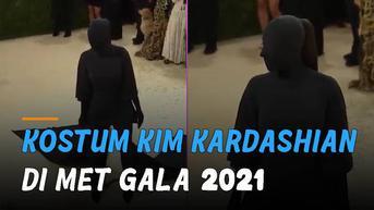 VIDEO: Kostum Unik Kim Kardashian di Met Gala 2021, Warganet: Penjahat di Detective Conan!
