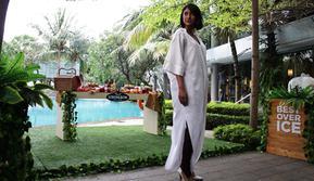 Strongbow berkolaborasi dengan desainer Jeffry Tan mempersembahkan fashion show bertajuk Strongbow et Jeffry Tan Capsule Collection.