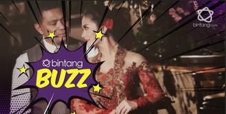 Rayakan 7 tahun pernikahan, Krisdayanti dan Raul Lemos makin mesra bak pengantin baru.