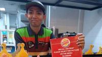 Restoran cepat saji, Burger King, pekerjakan teman tuli. (dok. Twitter)