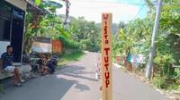 Destinasi wisata Watu Gupit Paralayang di Purwosari Gunungkidul ditutup sementara menyusul ada warga setempat yang terpapar Covid-19. (Liputan6.com/ Hendro Ary)