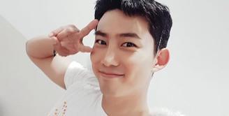 Member 2PM, Taecyon resmi meninggalkan JYP Entertainment dan masuk ke agensi baru 51K. (instagram/otaecyeonk)