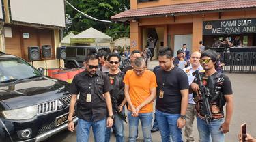 Tohab Silaban pengemudi Agya yang melawan polisi