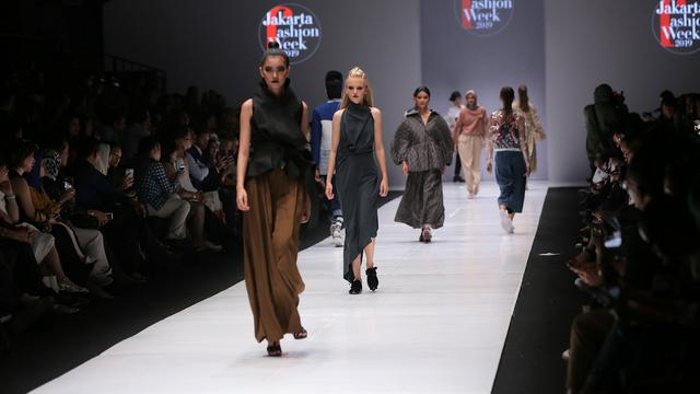 Resmi Dibuka, Jakarta Fashion Week 2019 Hadirkan Sinergi Bergengsi -  Lifestyle Liputan6.com