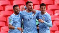 Aymeric Laporte (tengah) menyudahi kebuntuan dan mencetak gol semata wayang bagi Manchester City di menit ke-82. (Foto: AFP/Pool/Carl Recine)