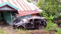 Mobil Fortuner terguling di tanjakan curam Anjoro Pitu, memakan korban jiwa. (Foto: Liputan6.com/Abdul Rajab Umar)