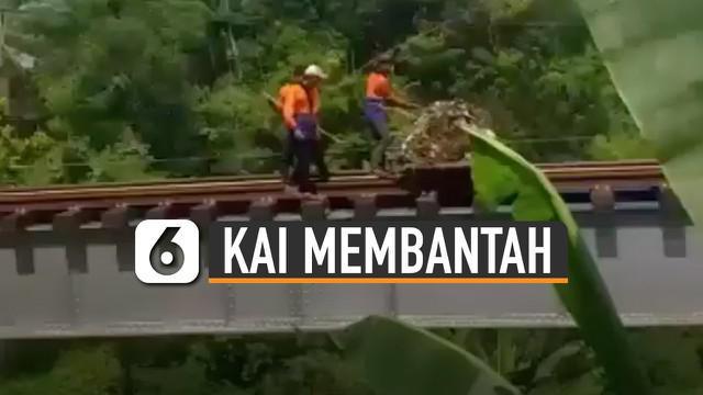 PT KAI Daop 2 Bandung membantah bila aksi dilakukan oleh pegawainya.