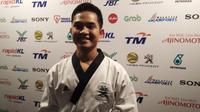 Maulana Khaidir harus puas dengan medali perak nomor poomase taekwondo SEA Games 2017. (Liputan6.com/Cakrayuri Nuralam)