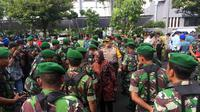 Wali Kota Surabaya Tri Rismaharini edarkan imbauan Natal Tahun Baru (Liputan6.com / Dian Kurniawan)