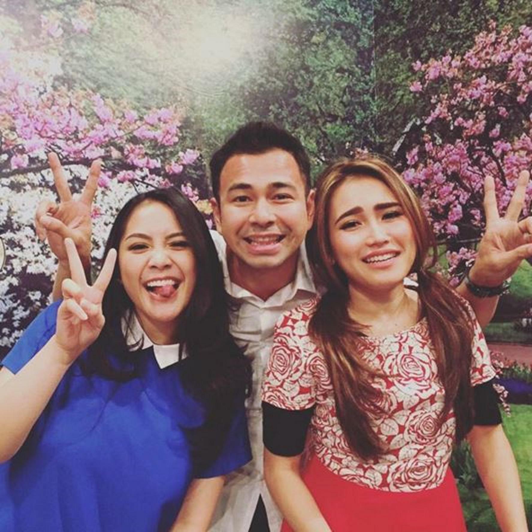 Raffi Ahmad, Ayu Ting Ting, dan Nagita Slavina (Instagram/@raffinagita1717)