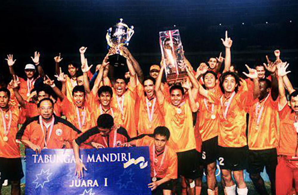 Persija saat juara Liga Indonesia 2001. (Bola.com/Dok. Persija)