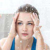 ilustrasi mencuci wajah untuk kulit cerah/pexels