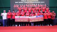 Tim Indonesia mendapatkan hadiah Rp500 juta dari sponsor setelah berprestasi di Kejuaraan Dunia Bulutangkis Junior 2019. (dok. PB Djarum)