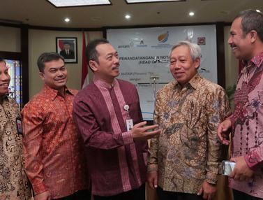 20151015-Empat Perusahaan BUMN Lakukan Kerjasama di Jakarta