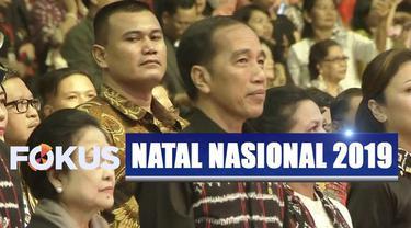 Di tengah acara, Presiden Jokowi pun membuat acara semakin bergemuruh dengan kebiasaannya membagikan sepeda.