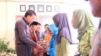 BAZNAS Kabupaten Bantaeng telah menyantuni 8.443 orang fakir miskin di daerah ini
