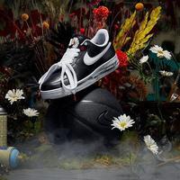 G-Dragon berkolaborasi dengan Nike merilis koleksi sneakers terbatas (Foto: Instagram/ @peaceminusonedotcom)
