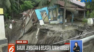 Tiga rumah dinyatakan rusak parah, termasuk rumah milik seorang janda dengan empat anak di Desa Balee Paneh, Kecamatan Juli.