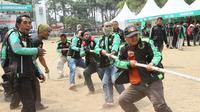 Pengemudi Grab mengikuti family gathering dalam rangka memperingati HUT RI ke-73 (Foto: Grab Indonesia)