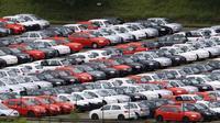 Total nilai penjualan kendaraan baru di AS lebih besar dari Tiongkok dengan selisih mencapai US$ 161 miliar.