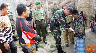 Citizen6, Kendal: Selain kegiatan baksos, TNI juga mengadakan acara operasi katarak gratis, bekerjasama dengan Balai Kesehatan Indra Masyarakat (BKIM), di Kecamatan Rowosari.(Pengirim: Aryo Widiyanto)