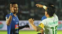 Ikhfanul Alam saat masih berseragam Arema FC. (Bola.com/Iwan Setiawan)
