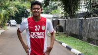 Pemain PSM Makassar, Muchlis Hadi, saat latihan di Jakarta, Jumat (8/4/2016). (Bola.com/Vitalis Yogi Trisna)