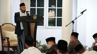 Menyambut Hari Raya Idul Adha 1441 Hijriah, Wakil Presiden Ma'ruf Amin melakukan salat Idul Adha di Pendopo Kediaman Dinas Wapres, Jalan Diponegoro Nomor 2, Jakarta Pusat pada Jumat pagi (31/7/2020).