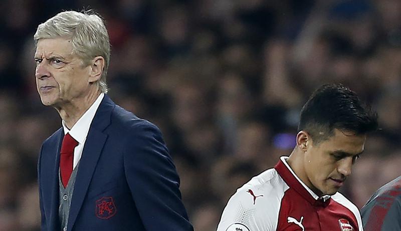 Arsene Wenger dan Alexis Sanchez (AFP/Ian Kington)