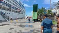 Untuk pertama kalinya dua Kapal Cruise (sister ships) MV. Insignia dan MV. Azamara Quest bersandar selamat di Dermaga Pelabuhan Benoa.