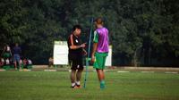 Mantan pelatih Sriwijaya U-21, Andi Susanto batal menangani PS TNI yang berlaga di Piala Gubernur Kaltim.