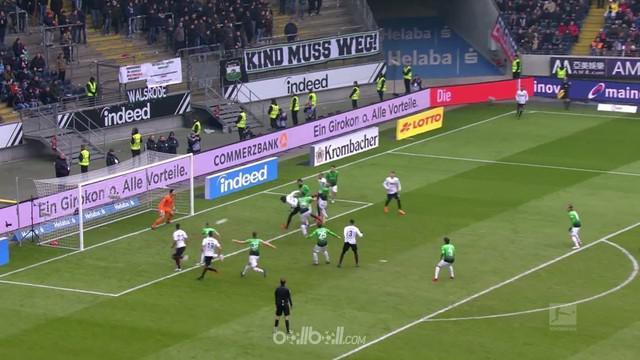 Eintracht Frankfurt bangkit dari kekalahan pekan lalu dari Stuttgart dengan meraih kemenangan 1-0 atas tuan rumah Hannover. Danny ...