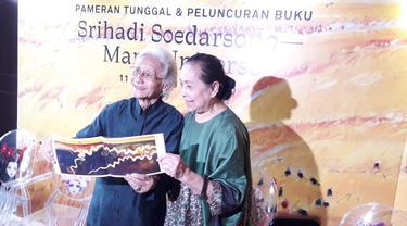 Srihadi Soedarsono dan Farida Srihadi