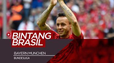Berita video pemain-pemain bintang Brasil yang pernah memperkuat Bayern Munchen sebelum Philippe Coutinho. Para pemain tim Samba tersebut juga memiliki peran dalam kesuksesan Bayern.
