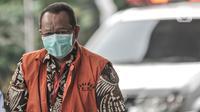 Tersangka mantan Sekretaris Mahkamah Agung (MA) Nurhadi saat tiba di Gedung KPK, Jakarta, Kamis (23/7/2020). Nurhadi kembali menjalani pemeriksaan lanjutan sebagai tersangka terkait kasus suap dan gratifikasi penanganan perkara di MA senilai Rp46 miliar. (merdeka.com/Iqbal S Nugroho)