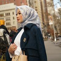 Mendapatkan Hidayah dan doa sang suami, membuat Allyssa Hawadi mantap berhijab. (Foto: Allyssa Hawadi - Candi Soelaman).