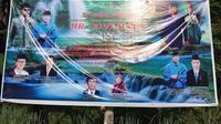 Spanduk Indonesia Mercusuar Dunia di Pariaman. (Liputan6.com/ Novia Harlina)