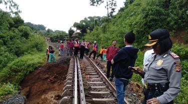 Longsor di Cijeruk, Bogor (Liputan6.com/Achmad Sudarno)