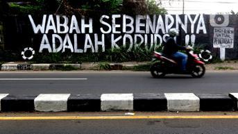FOTO: Polemik Kritik Lewat Mural