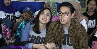 Baru saja menjalani kehidupan suami istri selama beberapa bulan, Rizky Kinoz sudah harus 'puasa' karena sang istri tengah mengandung anak pertamanya.