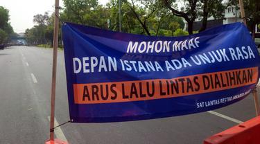 Demo Buruh-Mahasiswa, Lalu Lintas Sekitar Istana Negara Dialihkan