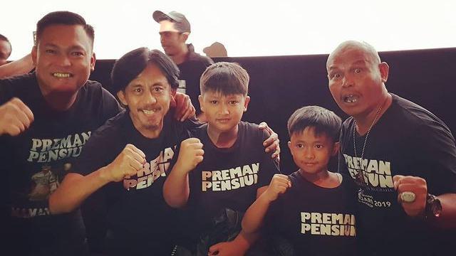Kang Pipit Preman Pensiun Meninggal, Ini 7 Potret Kenangannya Bersama Para Pemain