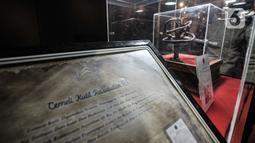 Salah satu  satu artefak atau peninggalan Nabi Muhammad SAW beserta Para Sahabat yang dipamerkan di Jakarta Islamic Centre (JIC), Jumat (23/4/2021). JIC menggelar pameran yang menampilkan artefak atau benda peninggalan Nabi Muhammad SAW dan Para Sahabat. (merdeka.com/Iqbal S Nugroho)